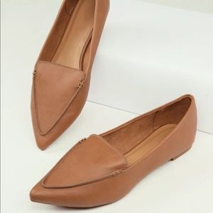 NWOT Light Brown pointed flats